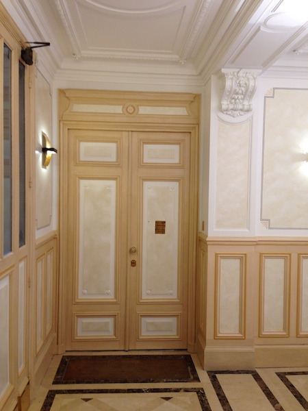 r novation cage d 39 escalier paris 8e. Black Bedroom Furniture Sets. Home Design Ideas
